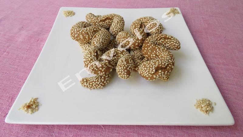 Λαδοκούλουρα-σουσαμένια-με-λεμόνι-και-πορτοκάλι