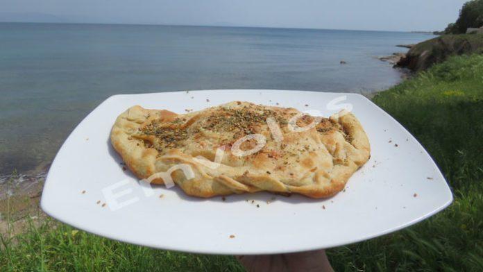Τηγανιτή τυρόπιτα πολίτικη - Θεσπέσια γεύση!!!