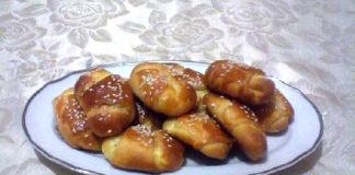 Μπουρεκάκια με γέμιση τυριού