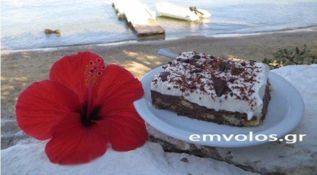 Μπισκοτότουρτα με σοκολάτα και κρέμα