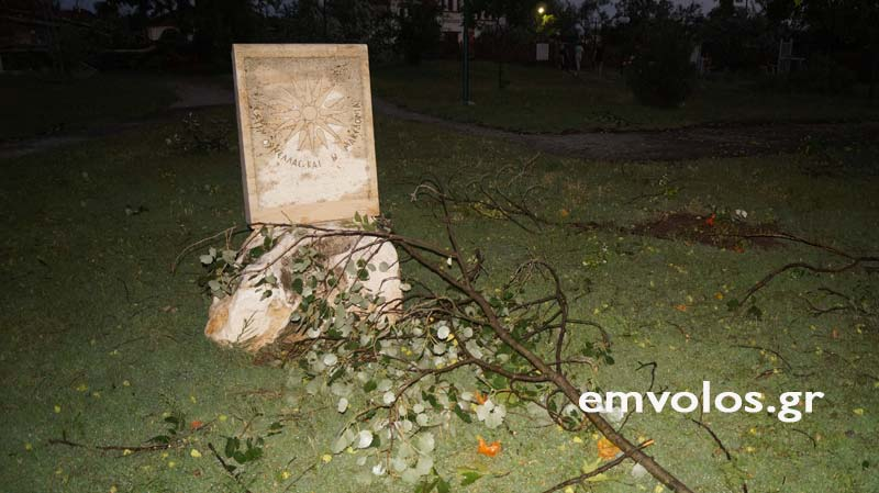 DSC00413 - Εικόνες καταστροφής από την θεομηνία στα Τρίκαλα (φώτο)