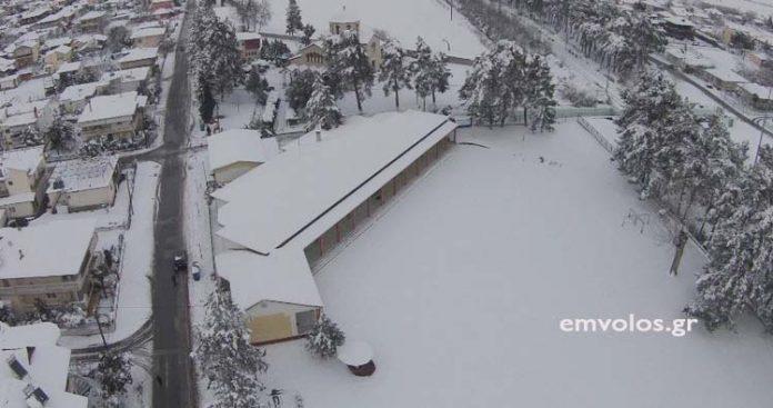 Χιονισμένο Δημοτικό Σχολείο Πλατέος