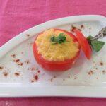 Ντομάτες γεμιστές με αυγά σκράμπλ